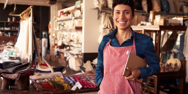 É possível salvar o pequeno lojista dos shopping centers?